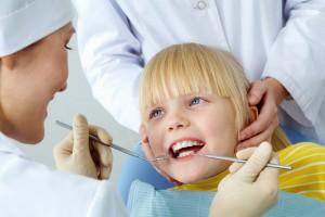 Лечение зубов у детей не так как у взрослых
